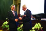 Audi Hungaria's outstanding contribution to education is recognised: Thomas Faustmann (left) and Hungarian Academy of Sciences president József Pálinkás.