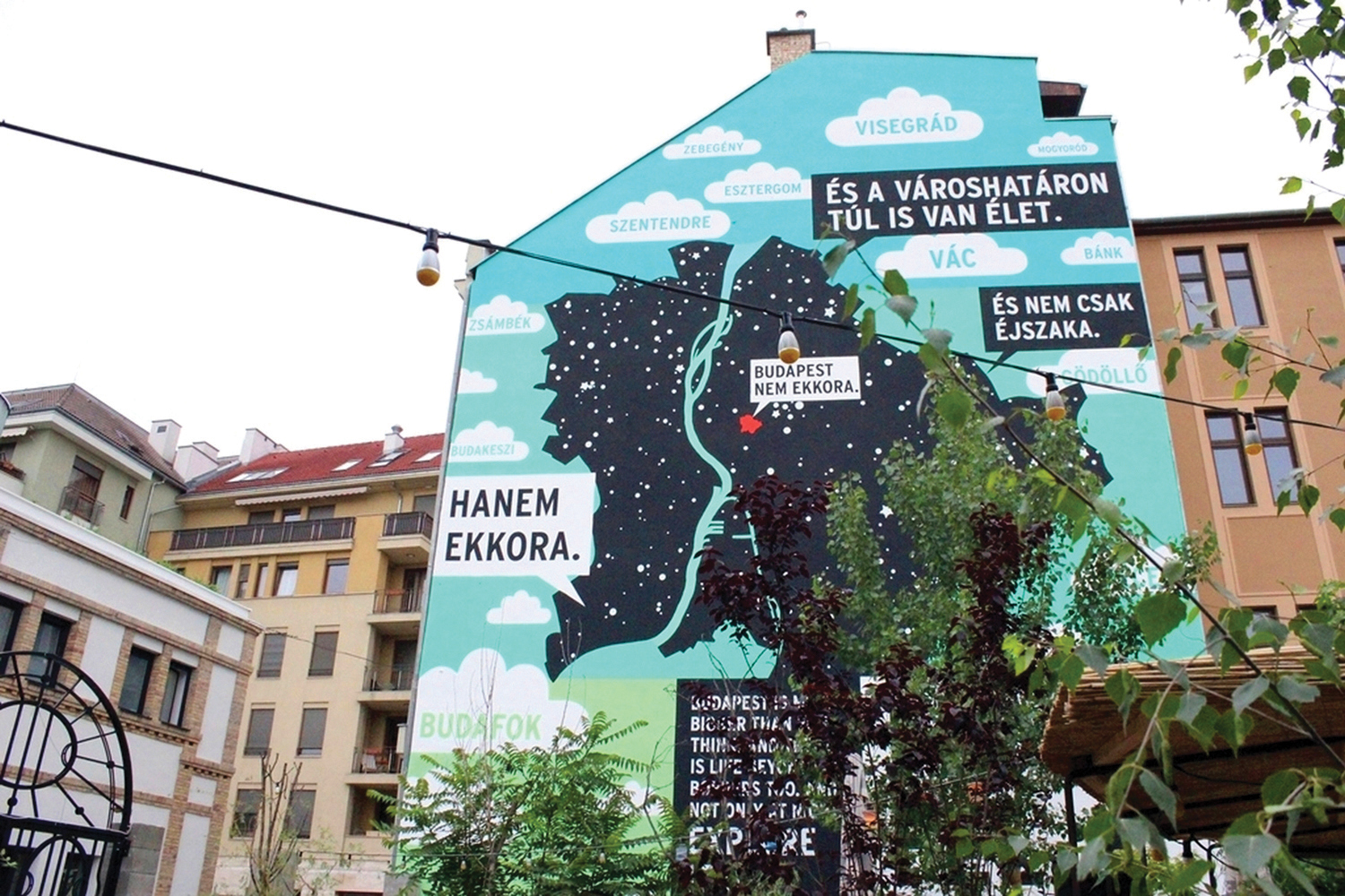 The painted fire wall at Mika Tivadar house in Kazinczy utca gives a  preview of the 56917ff84d