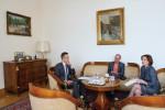 Szijjártó (left) met with Együtt MPs Szabolcs Szabó and Zsuzsanna Szelényi