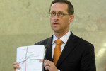 Personal income tax will remain at 15 percent: Varga