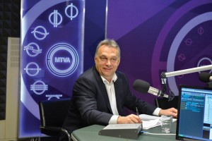 Our problem does not concern  the distribution of refugees but  protecting the border: Orbán