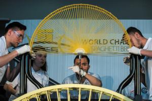 Tésztahíd-építő világbajnokság Budapesten