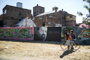 Graffiti artist commemorates death of Bud Spencer in District III