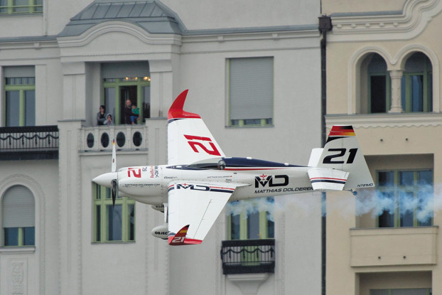Matthias Dolderer wins Red Bull Air Race Budapest