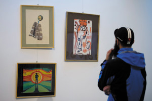 Exhibition presenting the works of homeless artists opens in Debrecen