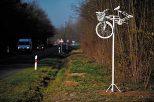 Local police erect statue of a bike which was actually run over in an accident on the route between Debrecen and Létavértes