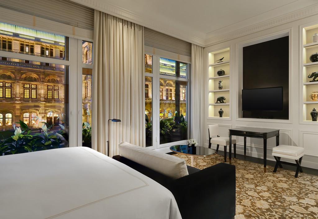 Bristol Grand Deluxe Room